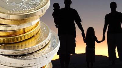 Αρχίζουν οι αιτήσεις για τα οικογενειακά επιδόματα