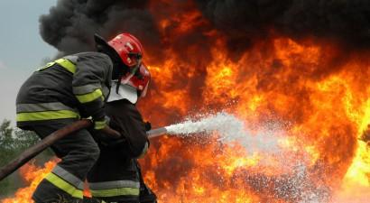 Να ενταχθούν οι Πυροσβέστες στα Βαρέα και Ανθυγιεινά ζητά το ΚΚΕ