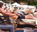 Ο Κόλιν Φάρελ κάνει τα μπάνια του στη Βουλιαγμένη! (ΦΩΤΟ)
