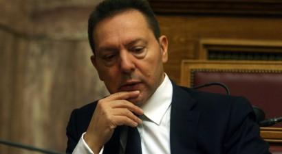 Ο Γιάννης Στουρνάρας χάνει το δικαίωμα ψήφου