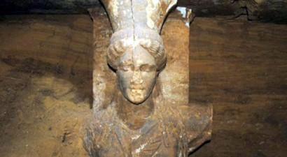 «Ελπίζω ότι θα βρεθούν οστά στον τάφο της Αμφίπολης»