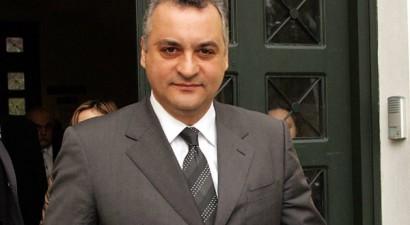 «Ο Γιουνκέρ θα βοηθήσει τις προσπάθειες της Ελλάδας»