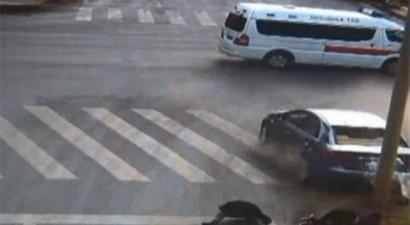 Τρομακτικό τροχαίο στην Κίνα (ΒΙΝΤΕΟ)