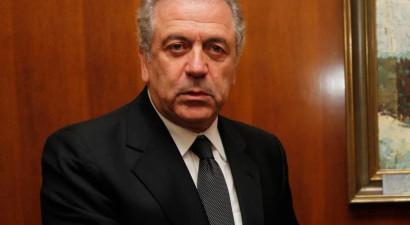 """""""H Ελλάδα στηρίζει τις προσπάθειες για  βιώσιμη λύση του Κυπριακού"""""""