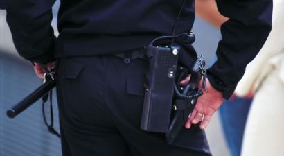 Παρίστανε τον αστυνομικό για να εξαπατά ηλικιωμένη