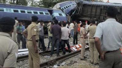 14 νεκροί από σύγκρουση τρένων στην Ινδία
