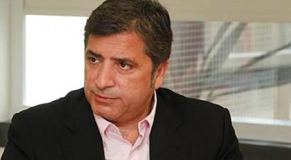 Βιάζεται να εκλεγεί και τυπικώς πρόεδρος της ΚΕΔΕ ο Πατούλης
