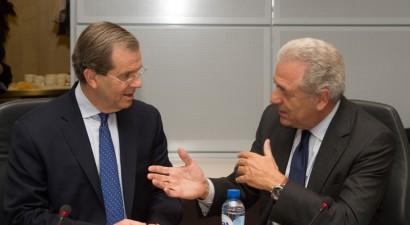 Συνάντηση Αβραμόπουλου με αντιπροσωπεία του American Jewish Committee