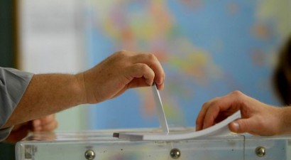 Προβάδισμα ΣΥΡΙΖΑ με 3,6% και επτακομματική Βουλή