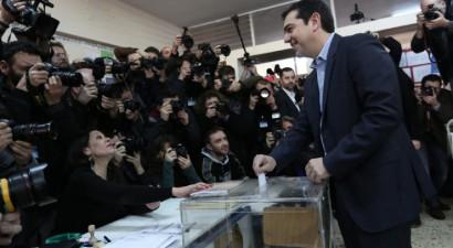 """""""Τερματισμός του φόβου και επιστροφή της δημοκρατίας"""""""