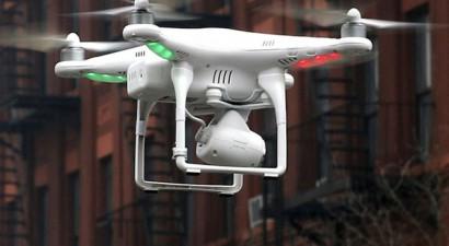 Συνεχίζονται οι πτήσεις drones πάνω από το Παρίσι