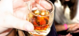 Επιχείρησαν να περάσουν παράνομα στην Ελλάδα 13.040 φιάλες αλκοόλ