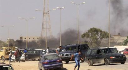Λιβύη: Δύο νεκροί από ρίψη ρουκέτας στη Βεγγάζη