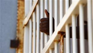 """""""Μπάχαλο"""" με το θέμα των λαθρομεταναστών στα κέντρα κράτησης"""