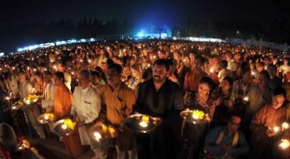 Μπαγκλαντές: Δέκα άτομα σκοτώθηκαν όταν ποδοπατήθηκαν σε τελετή