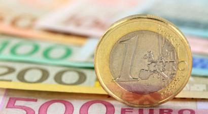 ΤτΕ: Στα 2,2 δισ. ευρώ το έλλειμμα τρεχουσών συναλλαγών