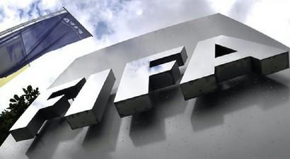 Σκάνδαλο FIFA: Ο Έλληνας Κώστας Τάκας ανάμεσα στους συλληφθέντες