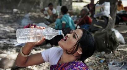Ινδία: Ξεπέρασαν τους 1.000 οι νεκροί από το κύμα καύσωνα