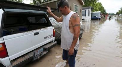 Φονικές πλημμύρες σε Τέξας και Οκλαχόμα