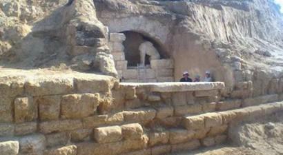 Η Αμφίπολη έχει βυθιστεί στο σκοτάδι λόγω έλλειψης χρημάτων