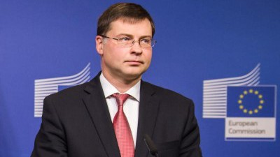 """""""Η Ελλάδα είναι σε καλό δρόμο και θα πετύχει τους δημοσιονομικούς στόχους"""""""