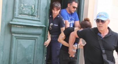 Προφυλακιστέα η 38χρονη για τη δολοφονία του καπετάνιου συζύγου της