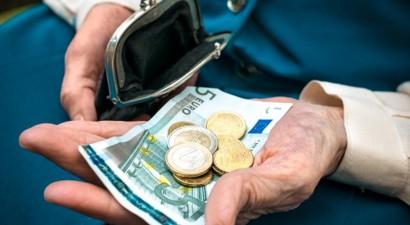 Μείωση στις συντάξεις Σεπτεμβρίου για 2,6 εκατ. συνταξιούχους