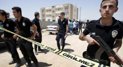Νεκροί δύο Τούρκοι αστυνομικοί σε ανταλλαγή πυροβολισμών με μαχητές του ΡΚΚ