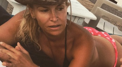 Μαρία Ανδρούτσου: Έφτιαξε κορμάρα και την επιδεικνύει (photos)