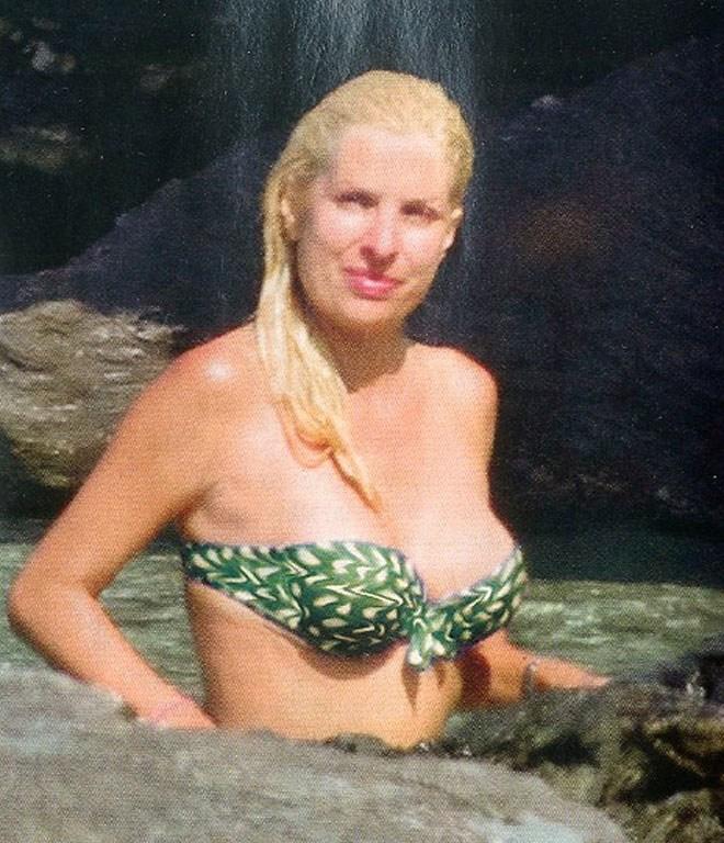 Στα καλύτερά της η Ελένη- Σούπερ σέξι μετά από τέσσερις εγκυμοσύνες ... f1dedf42e2e