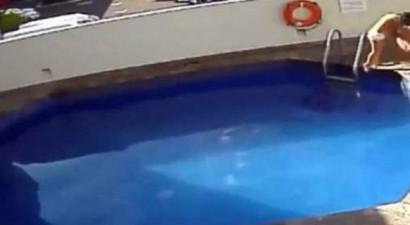 Πνίγει στην πισίνα την 3χρονη θετή του κόρη (βίντεο)
