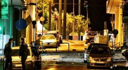 Έκρηξη βόμβας στα γραφεία του ΣΕΒ στο κέντρο της Αθήνας (photos)