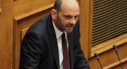 «Ο πρωθυπουργός είναι... Αρσέν Λουπέν της πολιτικής»