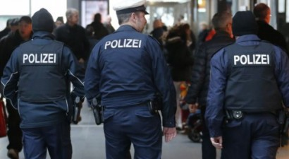 Χειροπέδες σε 3 ύποπτους τζιχαντιστές στη Γερμανία