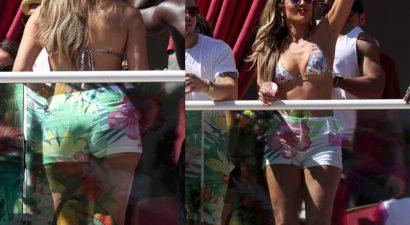 «Καυτή» στα 46 της σε pool party με τον νεαρό σύντροφό της η Λόπεζ (εικόνες)