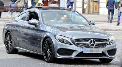 Απίστευτο: Ποιος γιος διάσημου κάνει μαθήματα οδήγησης με αμάξι αξίας 37.000 ευρώ (εικόνες)