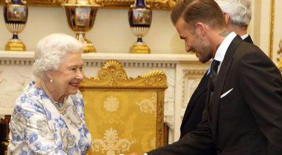 Όταν ο Μπέκαμ συνάντησε τη βασίλισσα