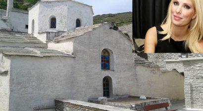 Μόνο στην «Α»: «Συλλάβαμε» την Ελένη Μενεγάκη σε μοναστήρι (εικόνες)
