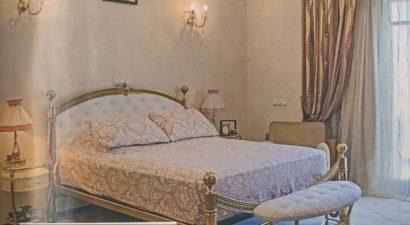 Σε χρυσή κρεβατοκάμαρα κοιμάται γνωστός λαϊκός αοιδός: Στα ενδότερα της πολλών εκατομμυρίων βίλας του (εικόνες)