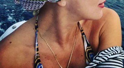 Γνωστή Ελληνίδα ηθοποιός κάνει βαρκάδα με το σύντροφό της