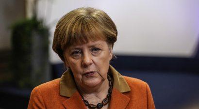 Η Μέρκελ θέλει συμφωνία και με τη Β. Αφρική για το προσφυγικό