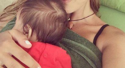 Έλιωσε το Instagram με το μωρό Ελληνίδας παρουσιάστριας