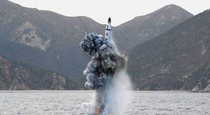 Έτοιμος για πόλεμο ο Κιμ: Εκτόξευσε πύραυλο από υποβρύχιο προς την Ιαπωνία