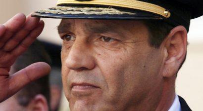 Παραιτήθηκε ο αρχηγός του Π.Σ., αντιστράτηγος Ιωάννης Καρατζιάς
