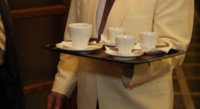 """""""Μίδας"""" Καφετζής με καταθέσεις 3,6 εκατ. ευρώ!"""