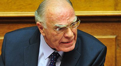 Κυβέρνηση «ευρέος πέλματος» ζητά ο Βασίλης Λεβέντης