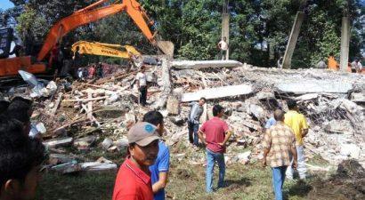 Φονικός σεισμός 6,5 Ρίχτερ στην Ινδονησία