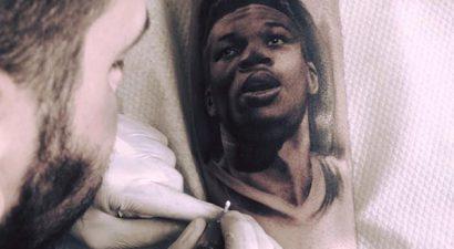 Έγινε και τατουάζ ο Αντετοκούμπο