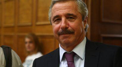 «Δουλοπρεπής προς τους δανειστές ο... γενναίος διαπραγματευτής Τσίπρας»