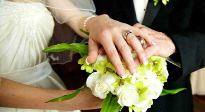 Ανέβαλε τον γάμο του γνωστό ζευγάρι της ελληνικής showbiz (εικόνα)